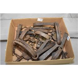 Box Lot of Six Antique Traps : # 0 Oneida Victor - # 1 Onedia Newhouse - ( 2 ) # 2 Oneida Victors -