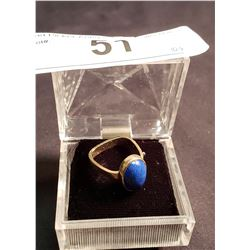14K Gold Ring w/ Oval Lapis Stone