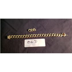 Heavy 14ct Gold Bracelet, Has 3 Spare Links.