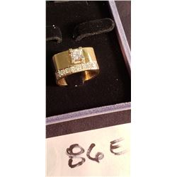 14ct Yellow Gold Ladies Ring w/ .410 ct VS1 & G-H Color.
