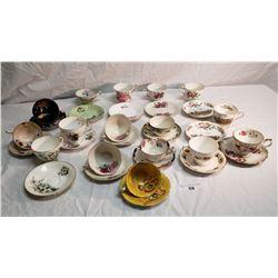 16 Various Vintage Cups & Saucers