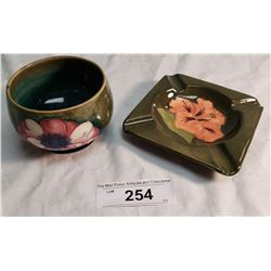 1 Moorcroft Bowl Impressed Potter to the Queen & 1 Moorcroft Ashtray