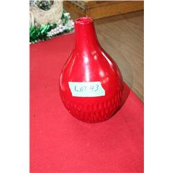 1 Red Vase