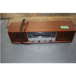 Strauss Stereo - AM/FM Radio - Works well