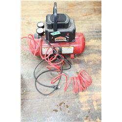 Job Mate Compressor w/Air Hose & Chuck ** Must Pick Up