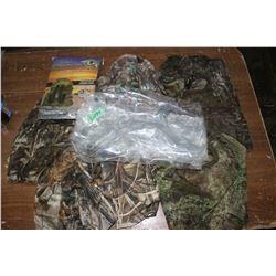 Camouflage Head Gear (7 pcs) & a Duck Decoy Bag (30 x 32)