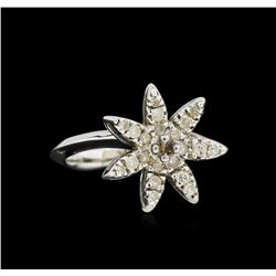 14KT White Gold .42 ctw Diamond Starfish Ring