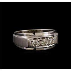 14KT White Gold 0.47 ctw Diamond Ring
