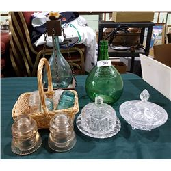 APPROX 10 PCS OF COLLECTIBLE GLASS