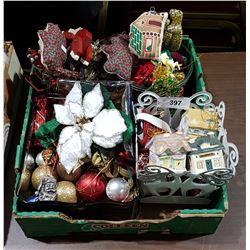 BOX LOT OF CHRISTMAS DECORATIONS