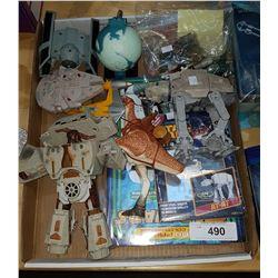 BOX LOT OF STAR WARS COLLCTIBLES
