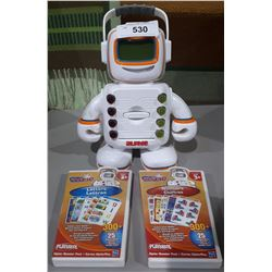 VINTAGE PLAYSKOOL APLHIE LEARNING ROBOT WITH 2 CARTRIDGES