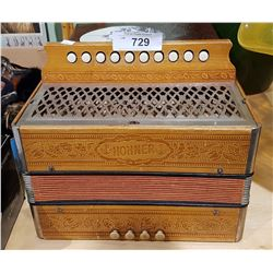 VINTAGE SMALL HOHNER SQUEEZBOX
