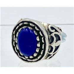 BIG AND BOLD BLUE STONED STERLING SILVER RING.
