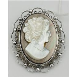 VINTAGE STERLING SILVER MOTHER OF PEARL CAMEO SIGNED SORRENTON PIN/PENDANT