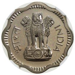 INDIA: Republic, 10 naye paise, 1962(b). NGC PF64