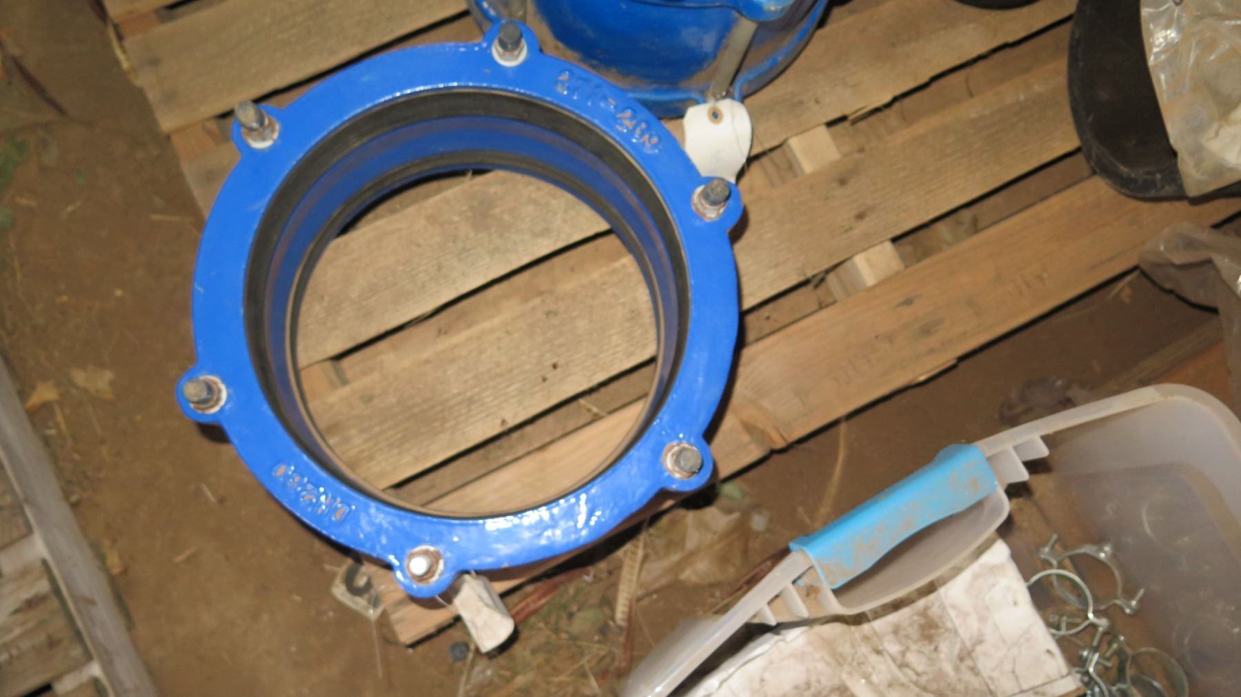 Qty 8 Large Connectors for PVC And HDPE pipe - Oahu Auctions