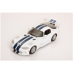 1/18 Scale Dodge Viper GTSR Coupe by Maisto