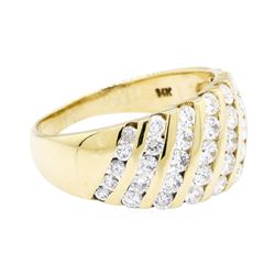 1 ctw Diamond Ring - 14KT Yellow Gold