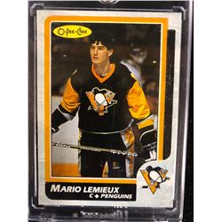 1986 O-PEE-CHEE #1 BOX-BOTTOMS HAND-CUT MARIO LEMIEUX HOCKEY CARD