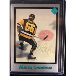 MARIO LEMIEUX SIGNED HOCKEY CARD