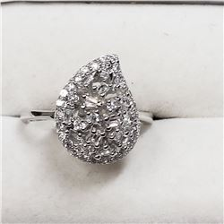 STERLING SILVER CUBIC ZIRCONIA RING SIZE 8.25