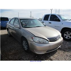 2006 - TOYOTA CAMRY // SALVAGE TITLE