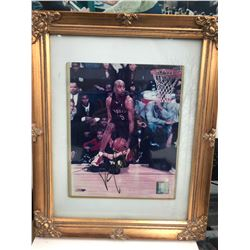 12 X 16 SIGNED VINCE CARTER FRAMED PHOTO WITH COA