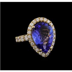 9.00 ctw Tanzanite and Diamond Ring - 14KT Yellow Gold