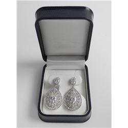 Ladies .925 Silver Swarovski Element Earrings.