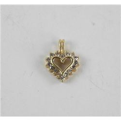 Ladies 10kt Gold Diamond Heart Pendant with Diamon