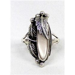 Navajo Sterling & Pink Mother of Pearl Ring, 10.5