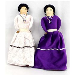 2 Native American Traditional Navajo Cloth Dolls