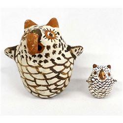 2 Native American Zuni Pottery Owls