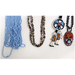 4 Pieces of Native American Beaded Jewelry