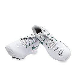 Tiger Woods Signed LE Nike TW14 Golf Shoes (UDA COA)