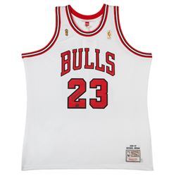 Michael Jordan Signed LE Bulls Jersey (UDA COA)