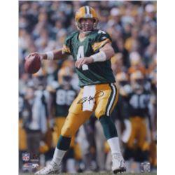 Brett Favre Signed Packers 16x20 Photo (Favre Hologram)