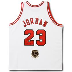 """Michael Jordan Signed LE Bulls Jersey Inscribed """"2009 HOF"""" with Hall Of Fame Patch (UDA COA)"""