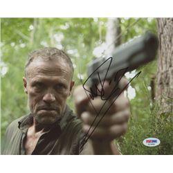 "Michael Rooker Signed ""The Walking Dead"" 8x10 Photo (PSA COA)"