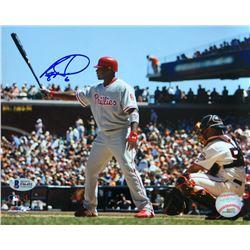 Ryan Howard Signed Phillies 8x10 Photo (Beckett COA)