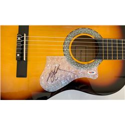 Willie Nelson Signed Full-Size Huntington Acoustic Guitar (PSA COA)