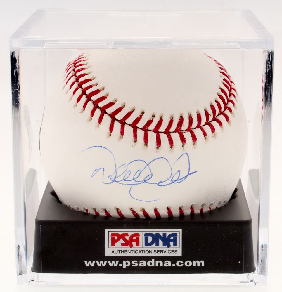 7fdbe9230 Image 1   Derek Jeter Signed OML Baseball with Display Case (MLB Hologram