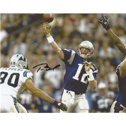 Tom Brady Signed Patriots 8x10 Photo (Mounted Memories COA)