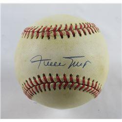 Willie Mays Signed ONL Baseball (PSA Hologram)
