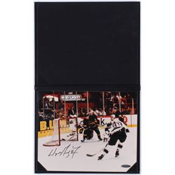 Wayne Gretzky Signed Rangers 8x10 Photo (UDA Hologram)