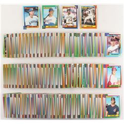 1990 Topps Complete Set of (792) Baseball Cards with #431 Randy Johnson, #331 Juan Gonzalez RC, #220