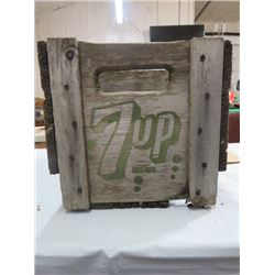 7 UP WOODEN POP BOTTLE CRATE, MIDDLE DIVIDER, BOTTOM BROKEN