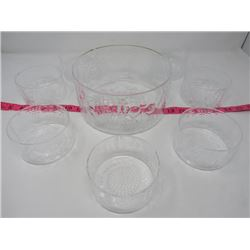 HAND MADE GLASS SALAD BOWL W/ 7 SMALL DISHES *FROM FINLAND*