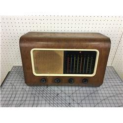 WOODEN TUBE RADIO
